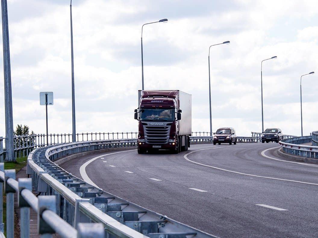 Как оформить пропуск для проезда грузовика по МКАД, ТТК, СК?